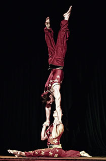 Apex Acrobatics - Hand to Hand